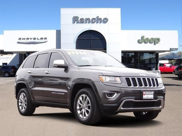 Good Pre Owned 2015 Jeep Grand Cherokee Limited, Clean CarFax, Mount And Balance  4