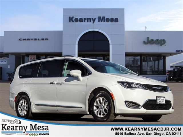 Certified Pre-Owned 2020 Chrysler Pacifica Touring L